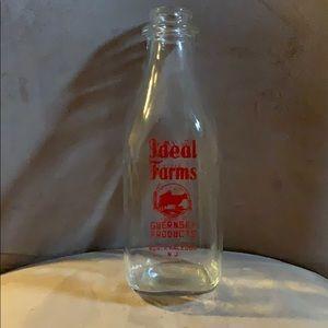 Vintage IDEAL FARMS  NJ Dairy Milk Bottle 1 Quart